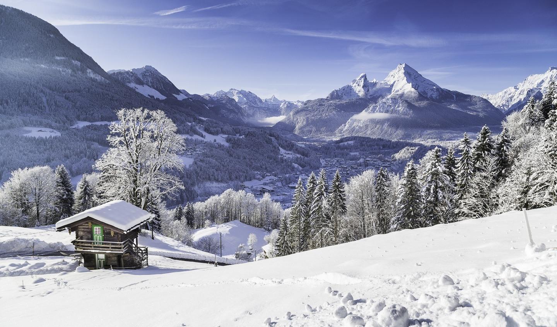 berghut-oostenrijk-sneeuw