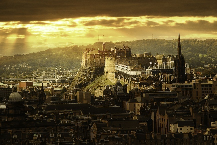 uitzicht-over-edinburgh-schotland